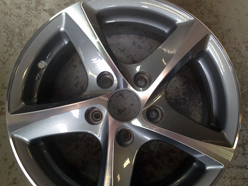 Silver Wheel Powdercoating
